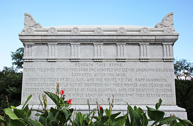 800px-Civil_War_Unknowns_Memorial_-_E_side_-_Arlington_National_Cemetery_-_2011